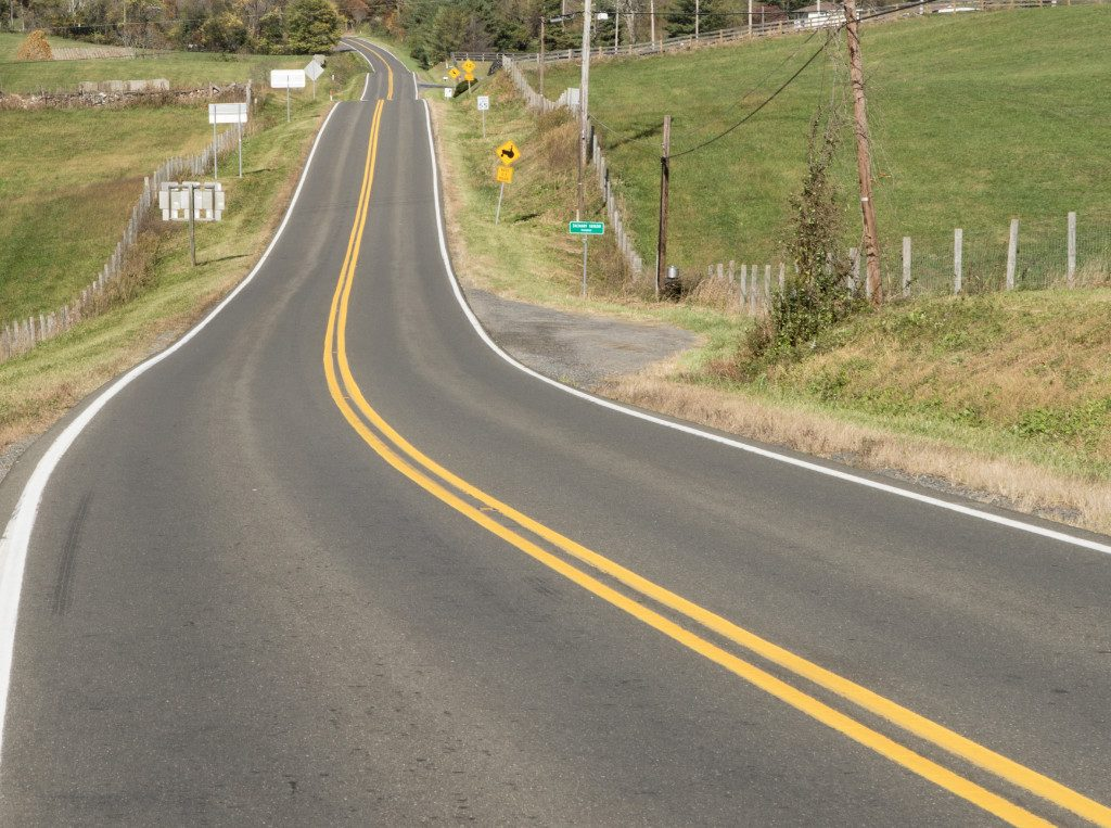 country road striping
