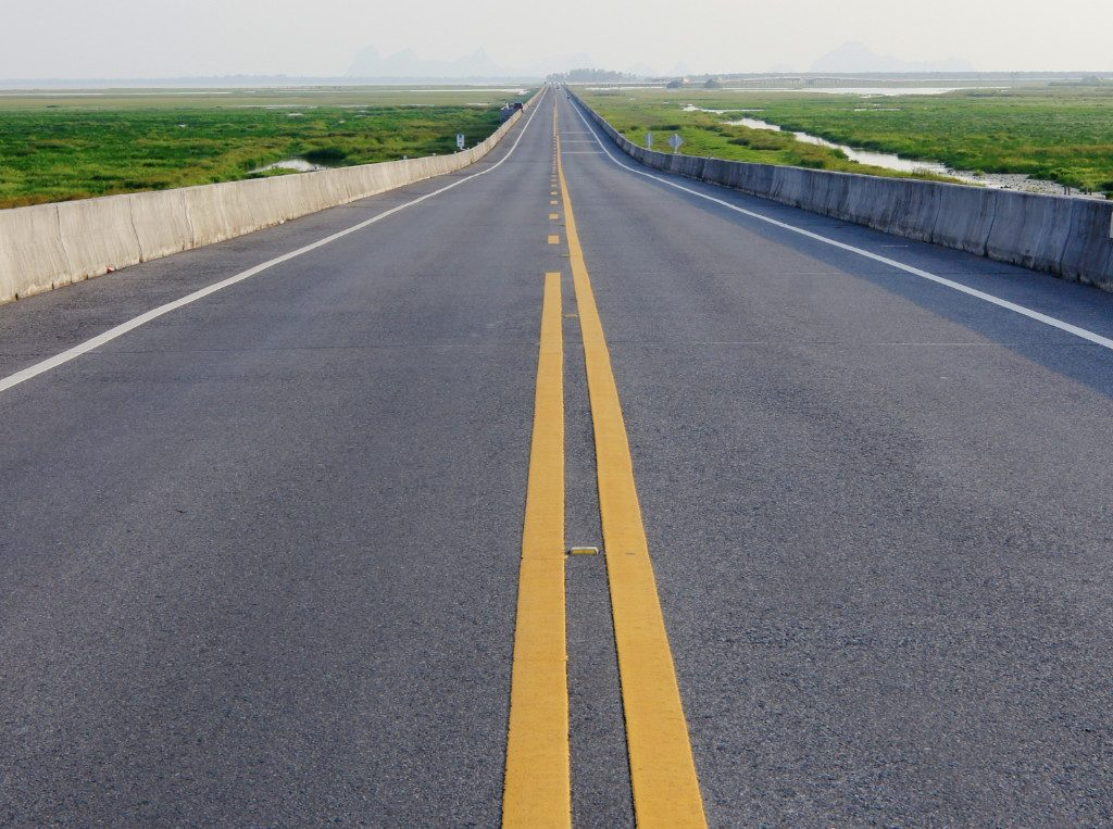highway line striping