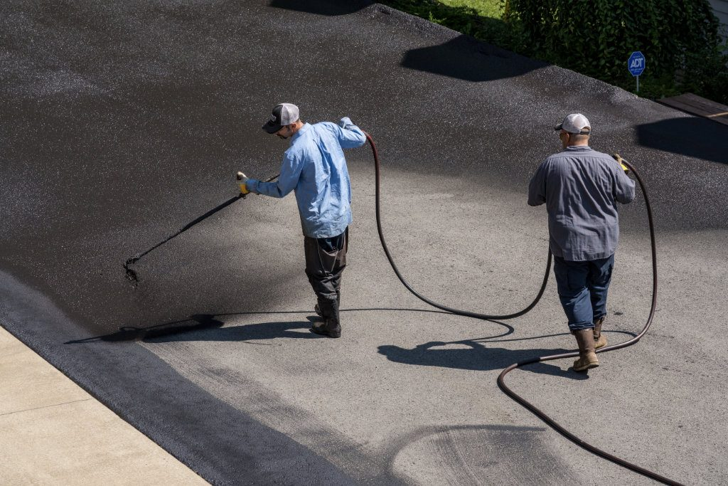 sealcoating a driveway